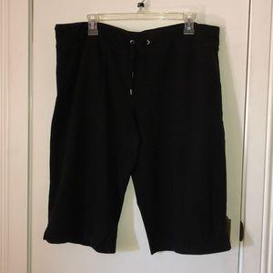Danskin Now black shorts size XL(16-18)